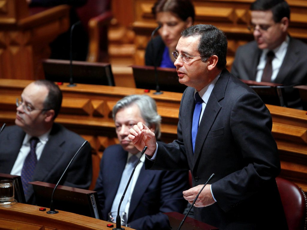 António José Seguro no debate quinzenal no Parlamento (LUSA)