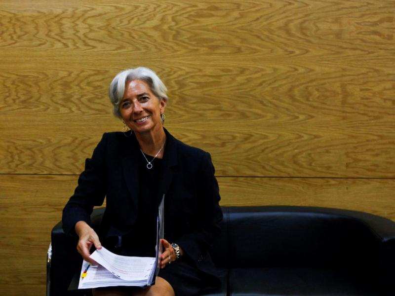 05/Jul: Christine Lagarde assume a direcção do FMI