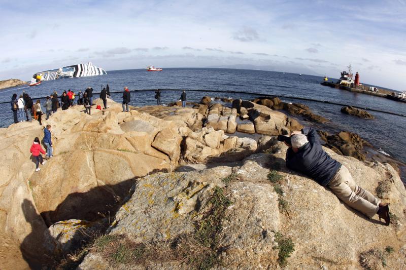Naufrágio do navio Costa Concordia (Reuters)