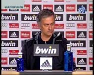 Mourinho reage aos assobios