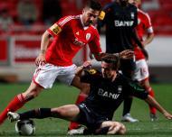 Javi Garcia e Rafael Miranda no Benfica-Marítimo (LUSA/Paulo Cordeiro)