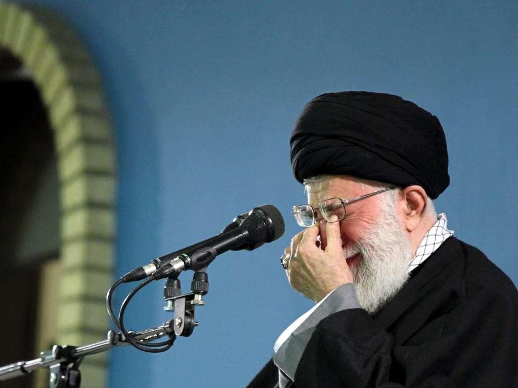 Ayatollah Ali Khamenei (arquivo)