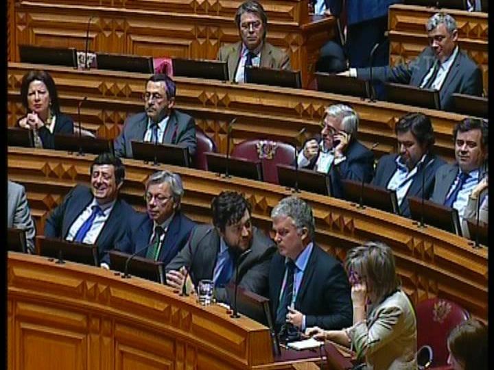 Presidente da Parque Escolar ouvido no Parlamento
