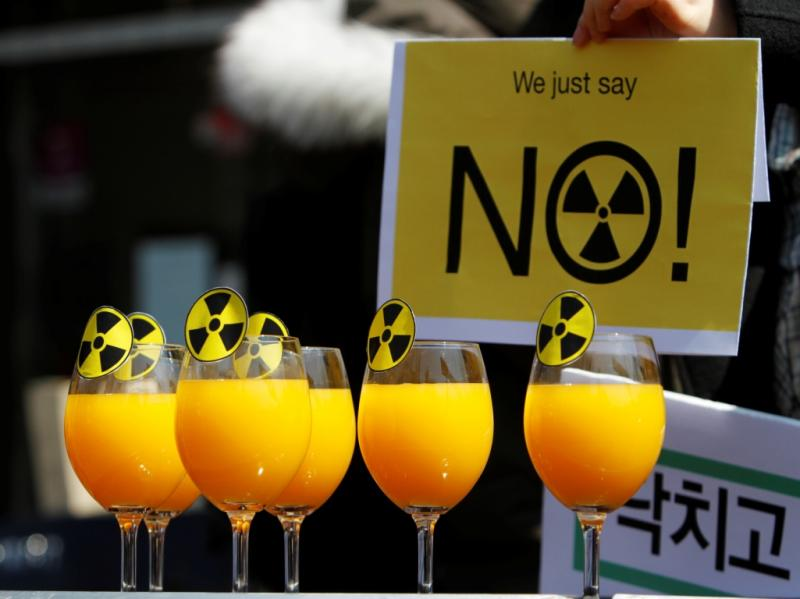 Protestos na II Cimeira de Segurança Nuclear [Reuters]