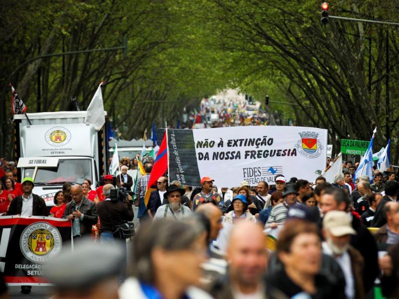 Protesto contra extinção de freguesias [LUSA]