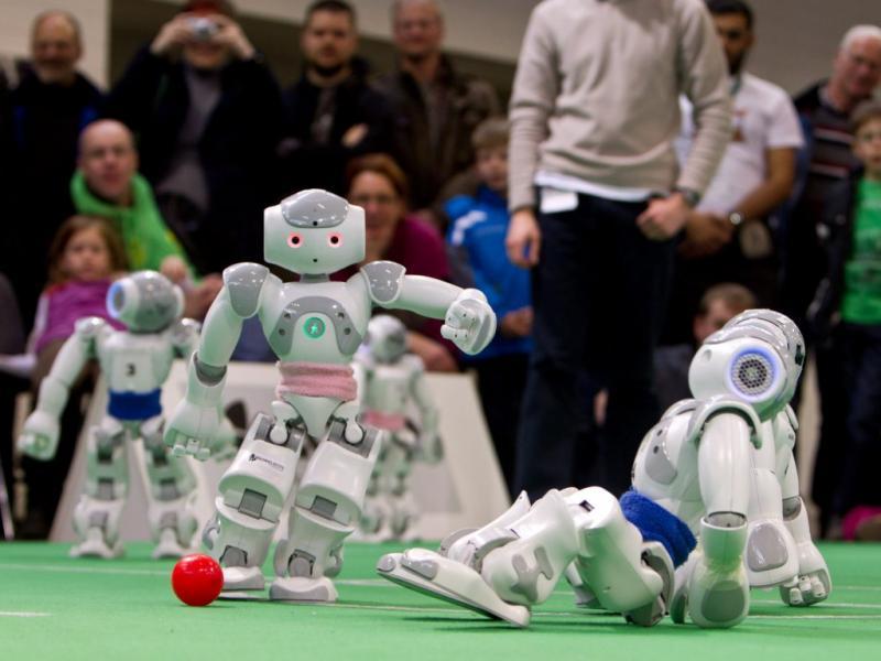 Campeonato de robôs na Alemanha [EPA/JENS WOLF]