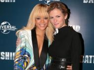 Brooklyn Decker (namorada de Andy Roddick) e Rihanna juntas no filme Battleship