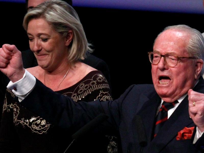 Jean Marie Le Pen com a filha (Reuters)
