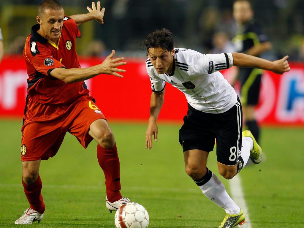 Mesut Özil (Real Madrid/Alemanha), avançado, 23 anos [REUTERS/Pascal Rossignol]