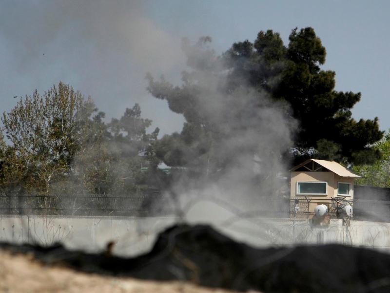 Talibãs fazem múltiplos atentados no Afeganistão (Reuters)