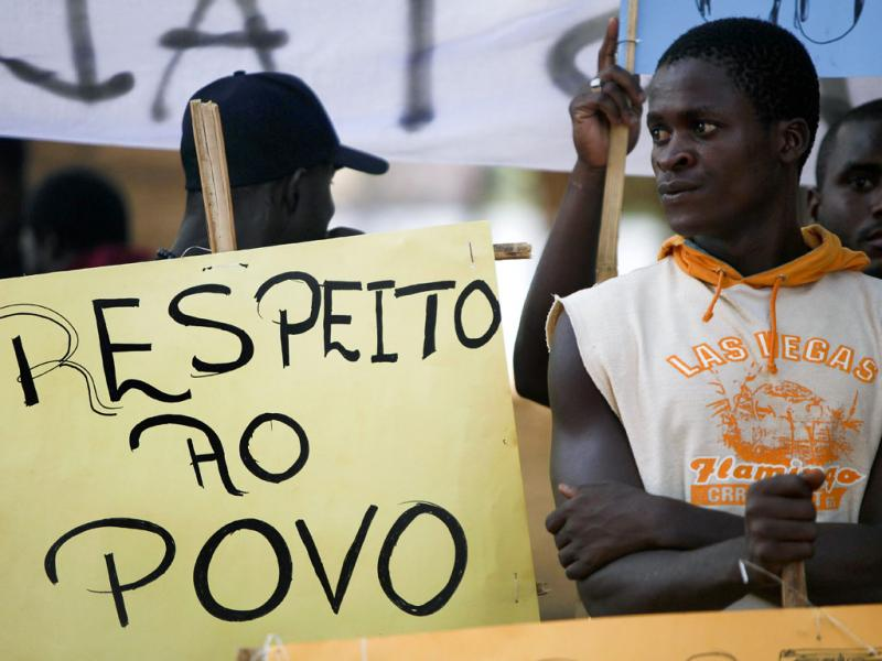População deixa Bissau devido ao golpe militar (André Kosters/Lusa)
