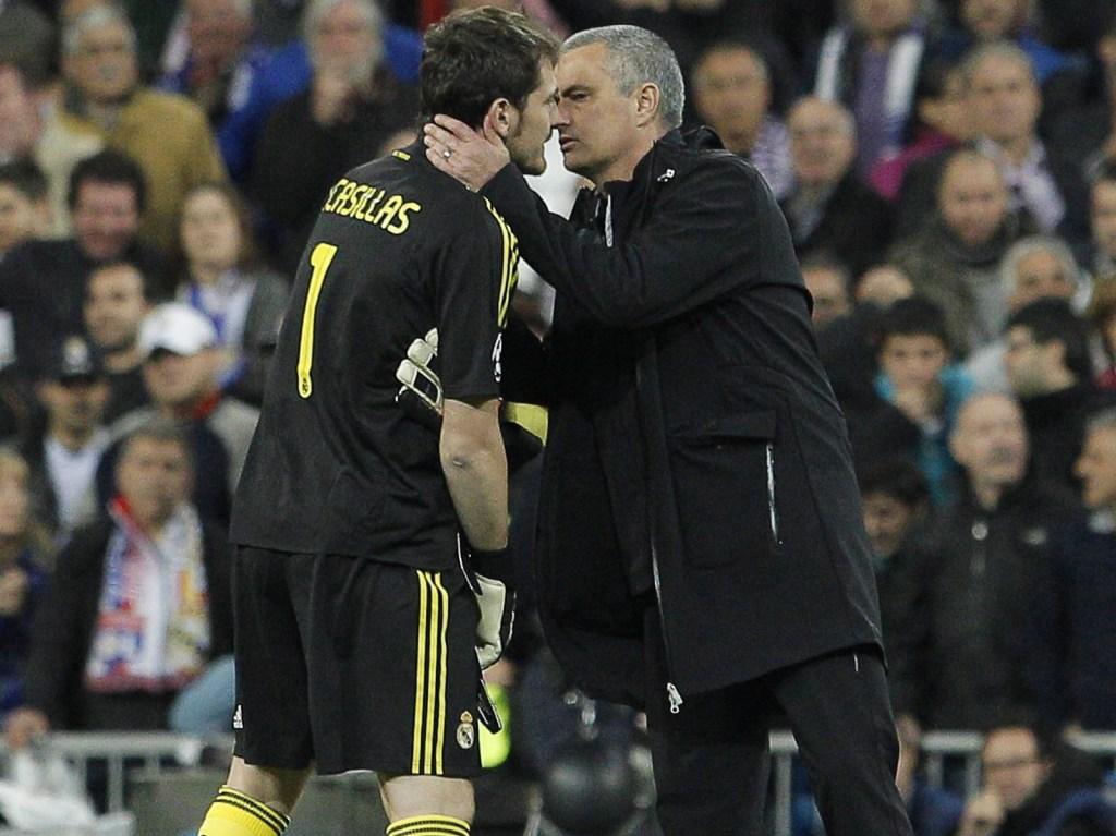 Casillas e Mourinho no final do Real Madrid-Bayern Munique