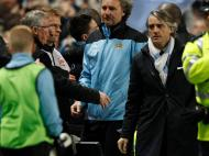 Ferguson e Mancini discutiram no derby [REUTERS/Darren Staples]