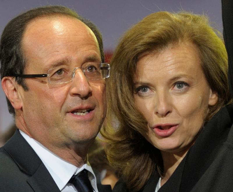 Hollande e Valérie Trierweiler Foto: Reuters