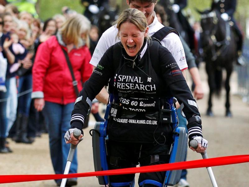Paraplégica vence maratona em Londres