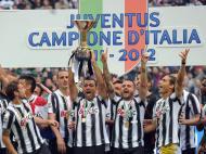 Juventus vence Serie A (EPA/Daniel Dal Zennaro)