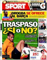«Sport»: Alves de saída do Barcelona?