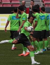 Bruno Alves no treino da seleção (MANUEL DE ALMEIDA/LUSA)