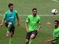 Helder Postiga, Hugo Almeida e Ricardo Costa no treino da seleção (MANUEL DE ALMEIDA/LUSA)