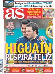 «As»: Higuaín feliz com o acordo entre o seu pai e Mourinho