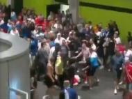 Stewards hospitalizados após agressão de adeptos russos