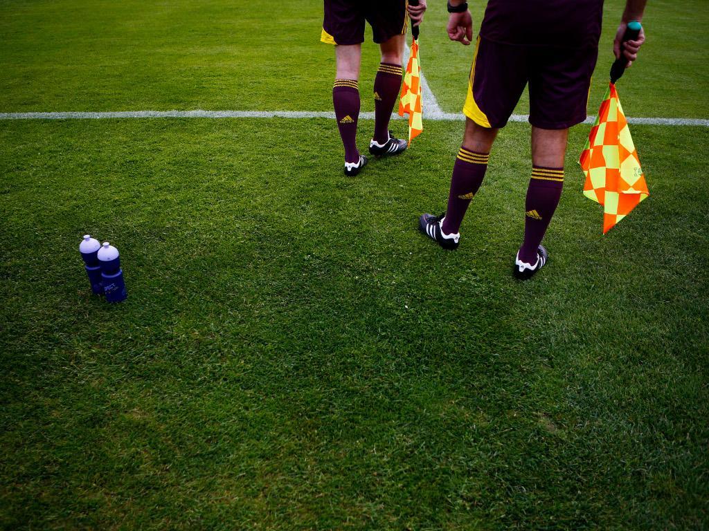 Euro-2012: treino oficial dos árbitros [Reuters]