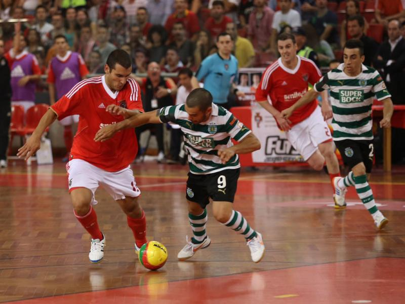 b8e39000ef76c Futsal  final Sporting-Benfica do ano passado ainda mexe