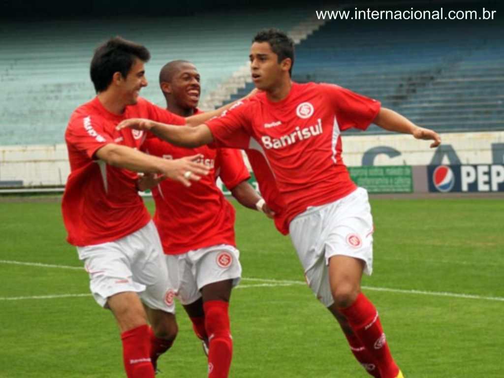 Dellatorre (FOTO: Internacional.com.br)
