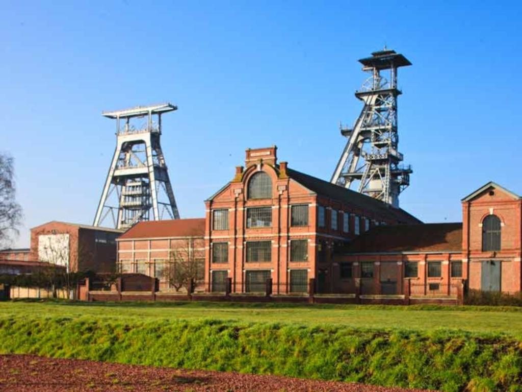 Bacia Mineira de Nord-Pas de Calais, França: uma infra-estrutura que recorda três séculos de extração de carvão