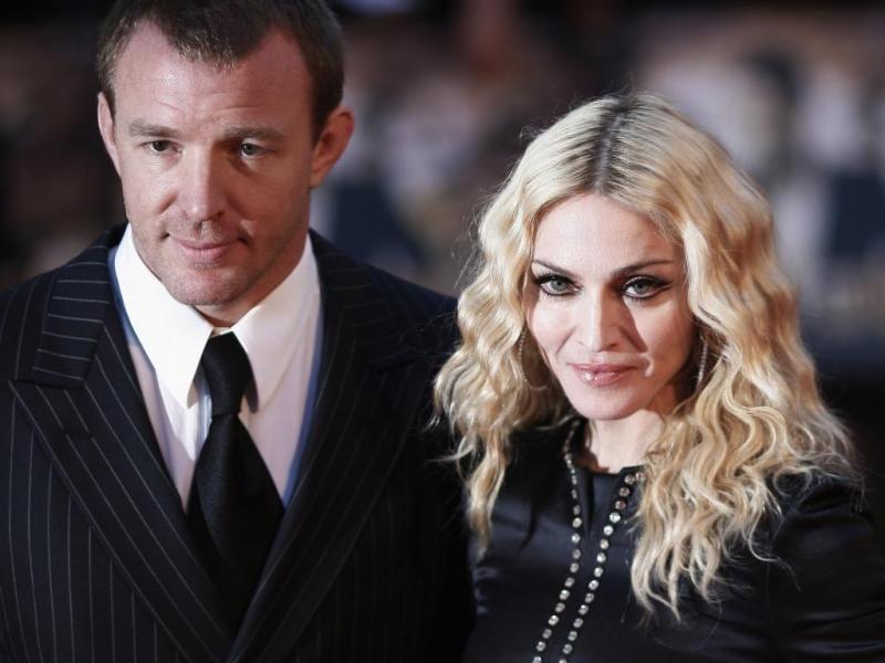 Guy Ritchie e Madonna casaram-se em 2000. A conturbada relação durou oito anos (Reuters)