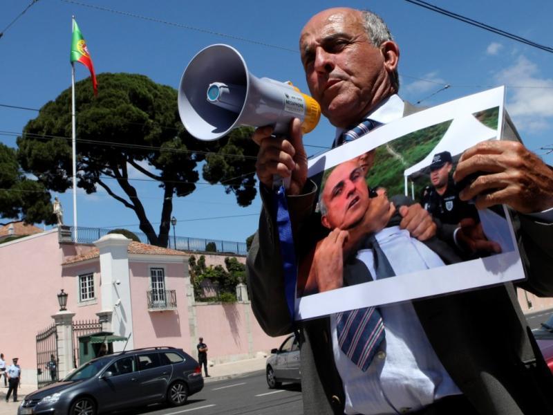 Protesto de José Manuel Coelho em Belém (Manuel de Almeida / LUSA)