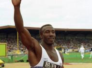 1992: Carl Lewis não participou, o britânico Linford Christie levou o ouro, com 9.96s, e aos 32 anos tornou-se o atleta mais velho de sempre a ganhar os 100 metros olímpicos