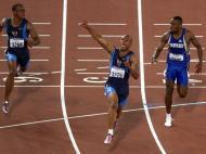 2000: ganhou Maurice Greene, o norte-americano que tinha baixado um ano antes o recorde mundial para 9.79s, marca que durou quase seis anos; em Sydney correu a final em 9,87 segundos