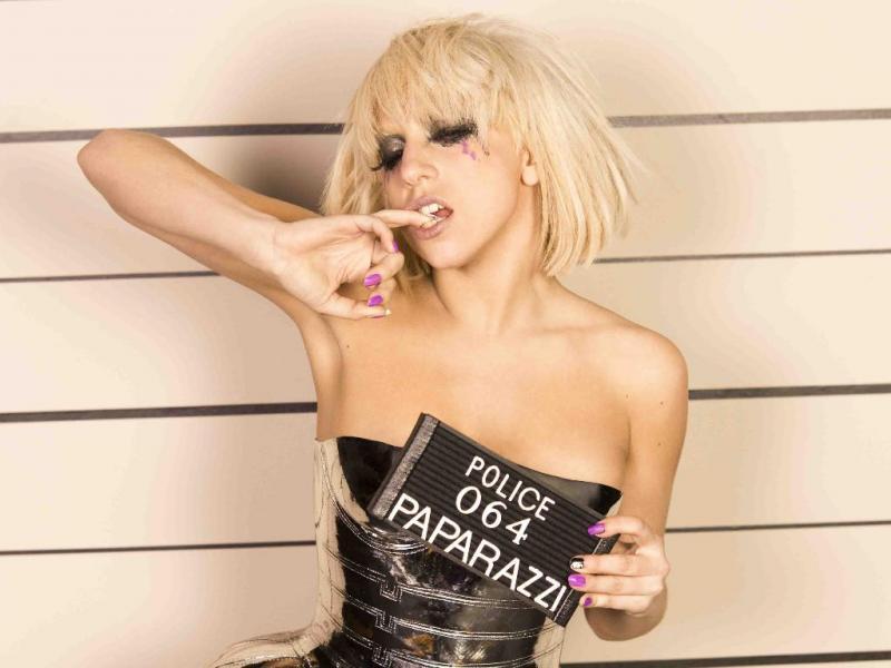 Atualmente é uma das figuras mais conhecidas da música pop, mas antes de criar o alter ego Lady Gaga, Stefani Germanotta chegou a cantar sob o seu verdadeiro nome