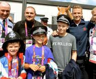 David Beckham, com os filhos Cruz, Romeo e Brooklyn - David Beckham agradece trabalho das forças policiais durante os Jogos Olímpicos Foto: Reuters