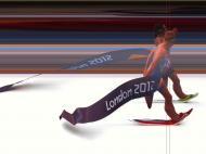 Triatlo feminino: depois de 1,5 km a nadar, 40 a pedalar e 10 a correr, a vencedora foi apurada em «photo finish»; vitória para a suíça Nicola Spirig, a sueca Lisa Norden perdeu um recurso para ganhar também o ouro