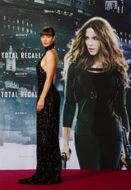Jessica Biel na antestreia do filme «Total Recall», em Berlim (Reuters)