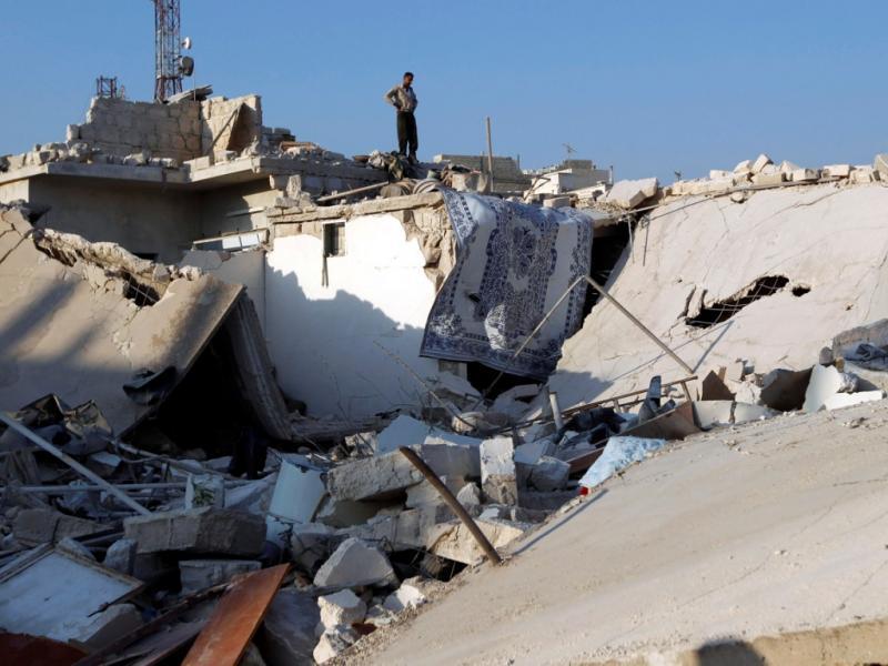 Ataques aéreos a Azaz [Foto: Reuters]