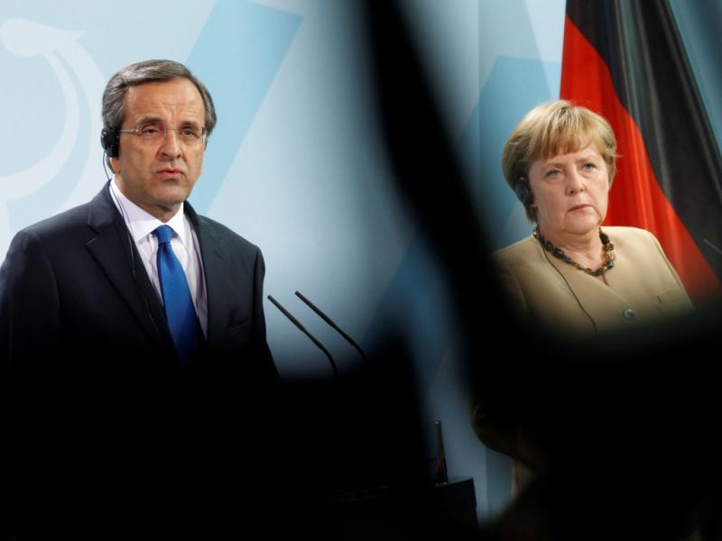 Merkel reúne-se com Samaras (Reuters)