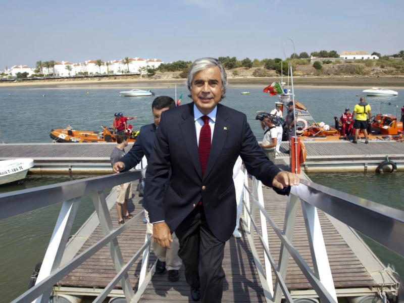 Ministro da Defesa faz balanço da época balnear (LUSA)