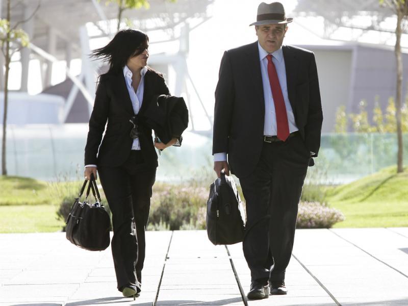 Ricardo Sá Fernandes, advogado de Carlos Cruz, à entrada para a 8ª vara criminal (Lusa)
