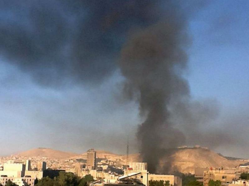 Explosões em Damasco atingem Estado Maior do Exército (EPA)