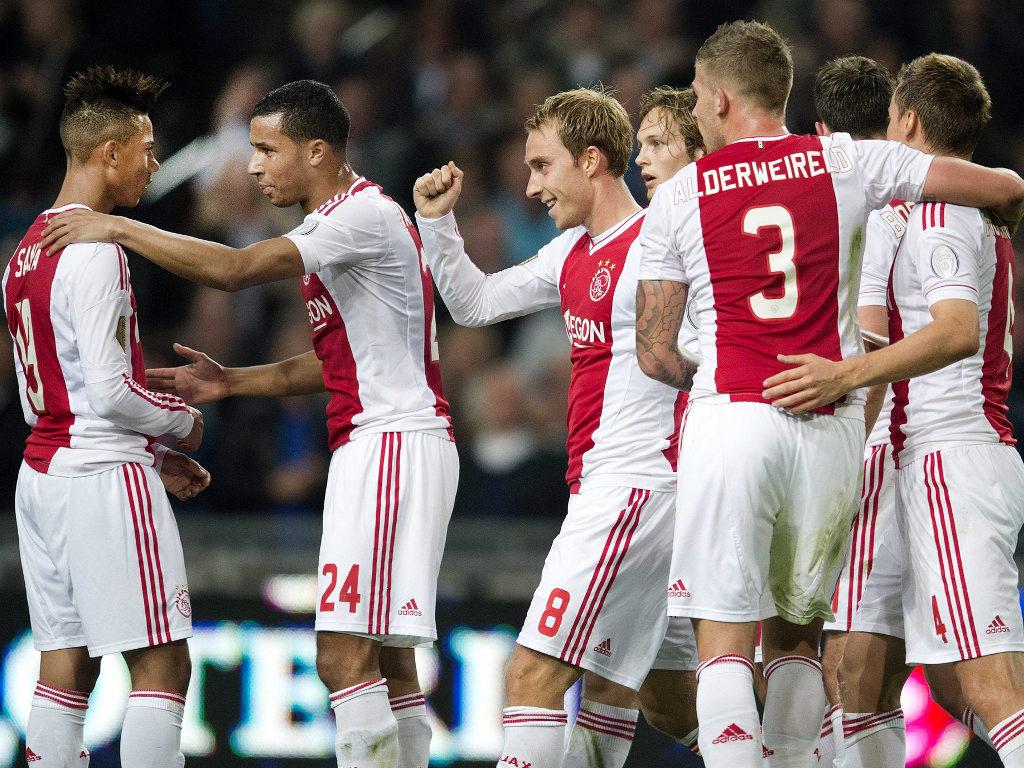 Holanda: Ajax provocou a primeira derrota ao Twente, que se mantém líder