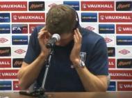 Gerrard perdido na tradução