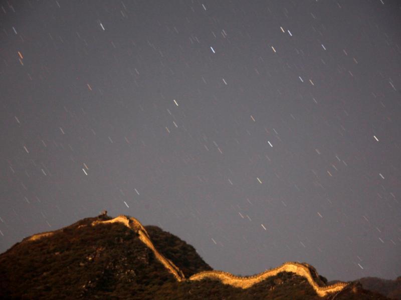 Chuva de estrelas na Grande Muralha chinesa [Reuters]