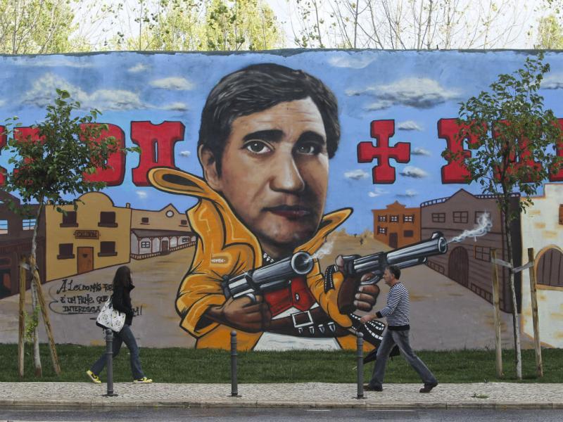 Mural no Porto (José Sena Goulão/Lusa)