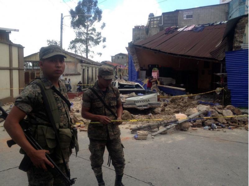 Efeitos do sismo na Guatemala (Conred/EPA)