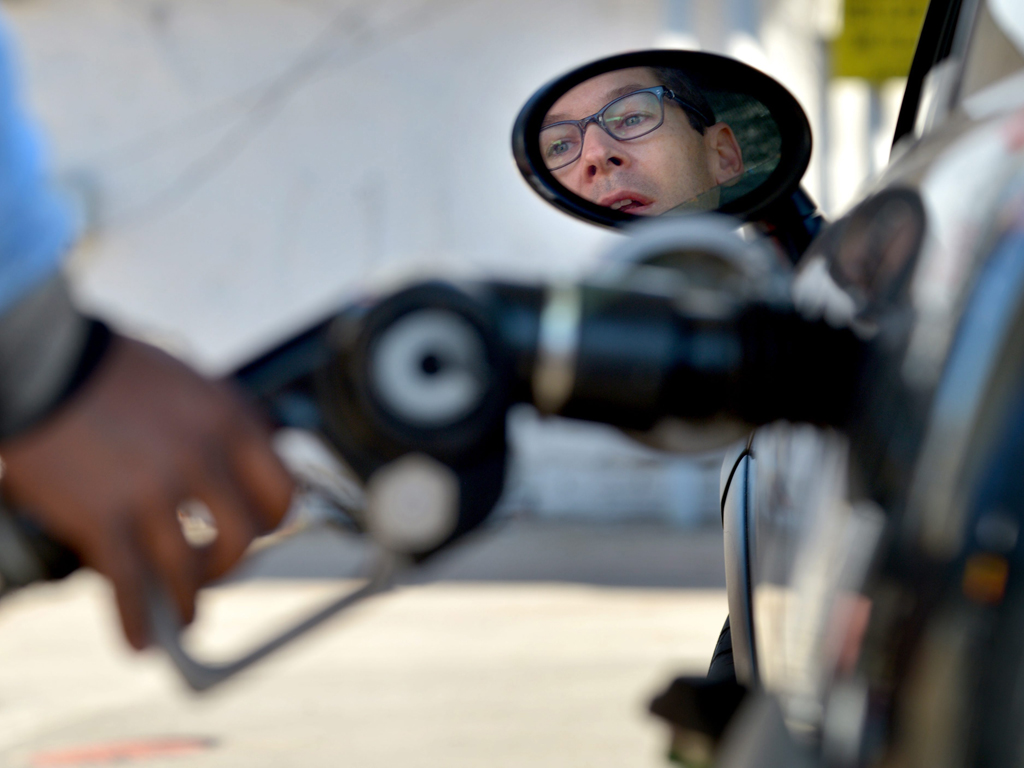 Combustíveis (Lusa/EPA)