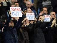 Cartazes contra Benitez na estreia pelo Chelsea