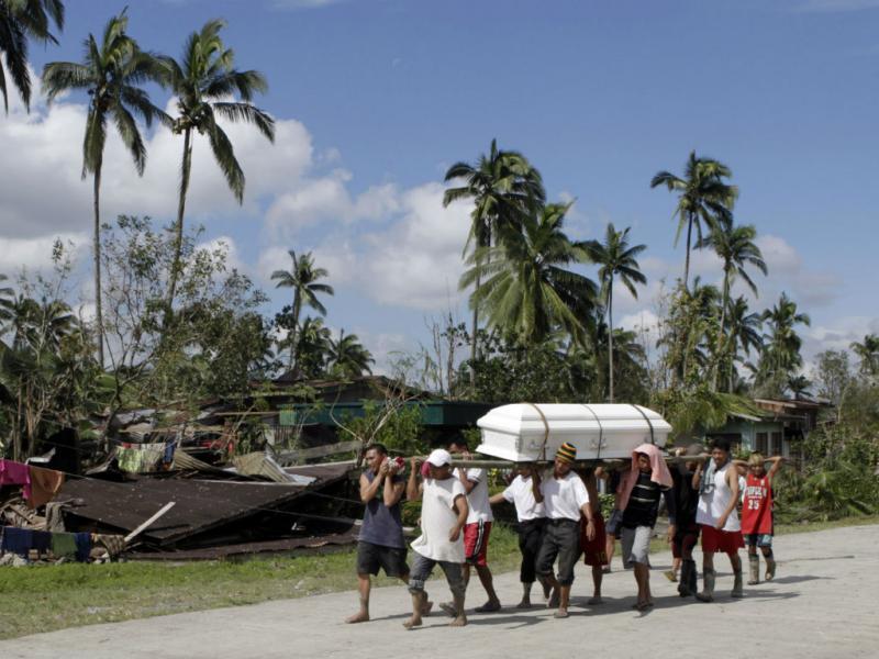 Filipinas: Vítimas mortais enterradas esta sexta-feira (Reuters/Erik de Castro)